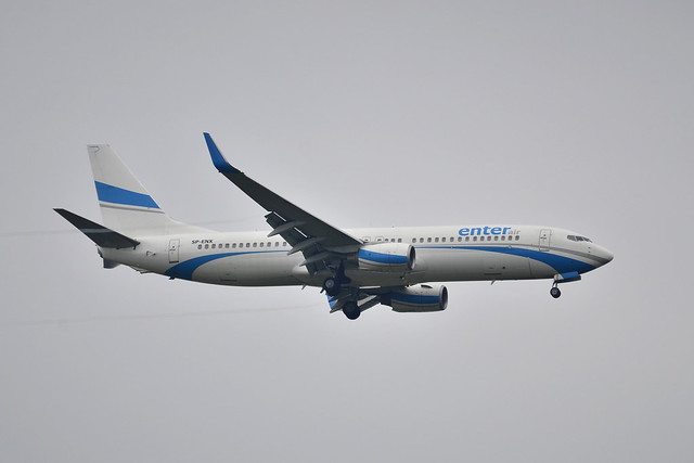 SP-ENX B737 (Rugby Lift)