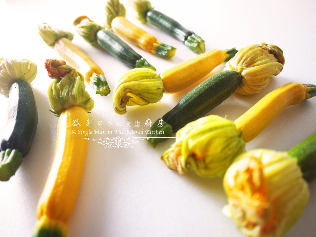 孤身廚房-綠黃雙色櫛瓜花3