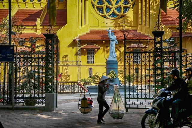 Cua Bac Church in Hanoi, Vietnam ハノイ、北門教会