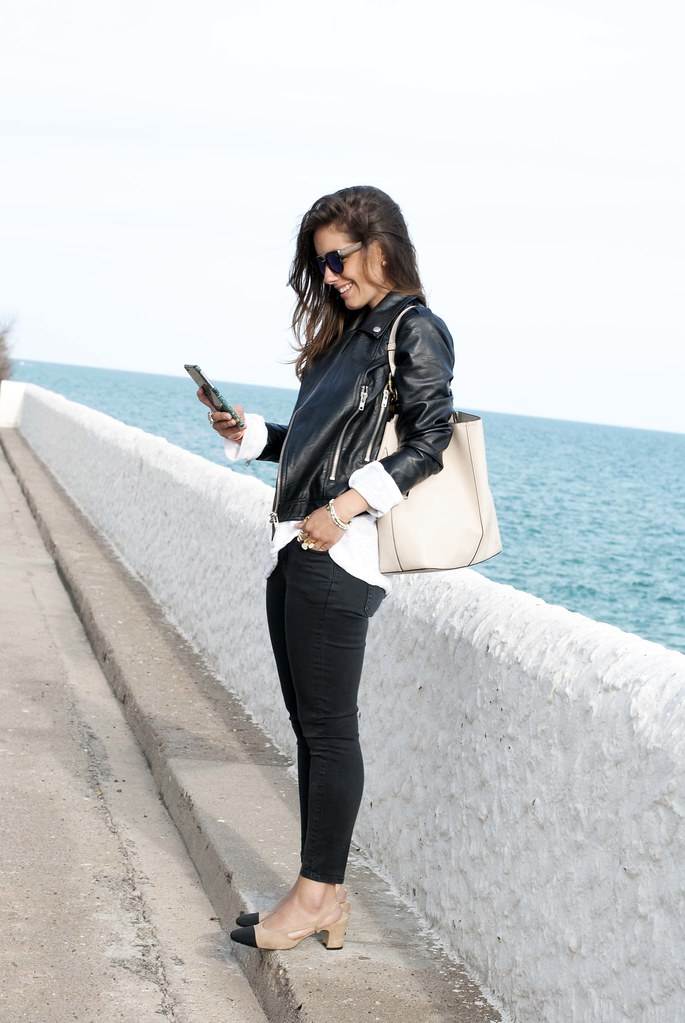 04_chanel_slingback_outfit_biker_theguestgirl