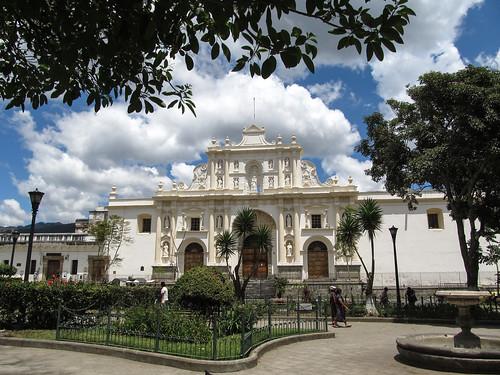 Antigua: el Parque Central et sa cathédrale