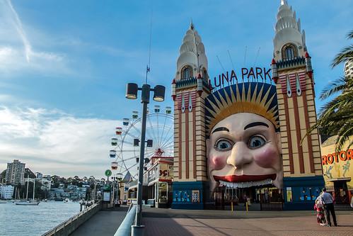 Luna_Park,_Sydney.