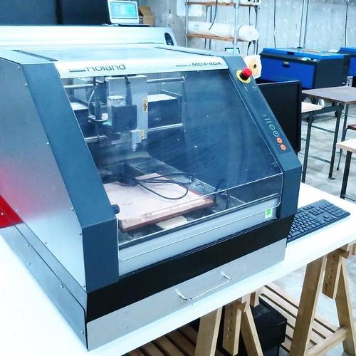 こっちがCNCミリングマシンだった。 #makersbase