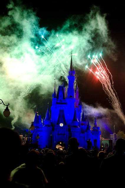 20160415-Disney-Vacation-Magic-Kingdom-Day-1-Fireworks-0030