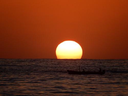 Chacala - sunset met boot
