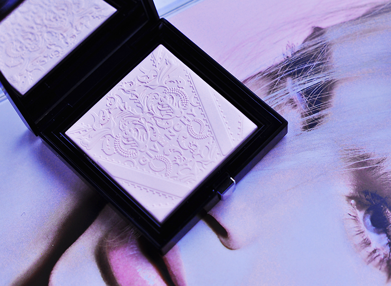 stylelab-beauty-blog-givenchy-spring-2016-soft-powder-radiance-enhancer