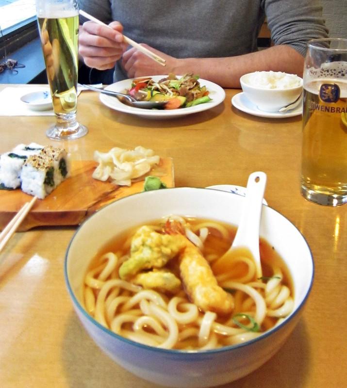 Goldengelchen-Winter in München-Sushi01