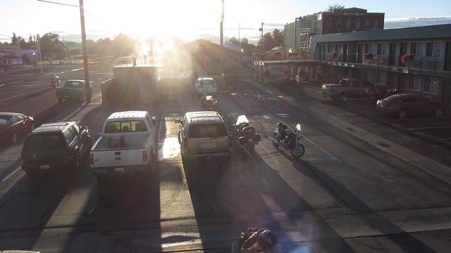 IMG_6146 Alturas Best Western parking