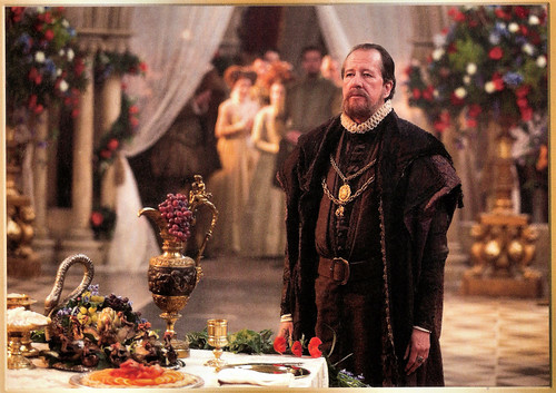 Geoffrey Rush in Elizabeth The Golden Age (2007)