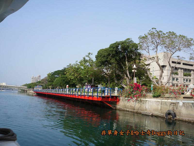 高雄港遊愛河18
