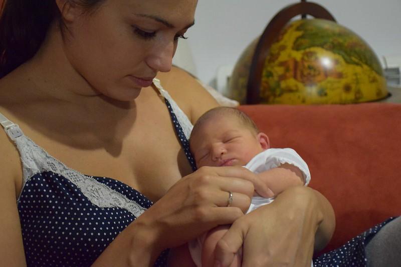 Con Eva recién nacida