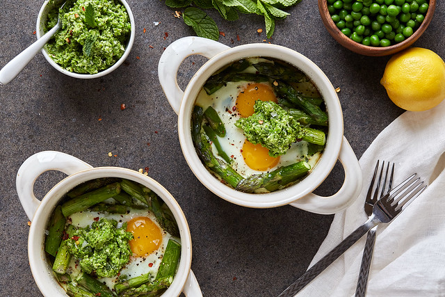 Baked Eggs with Asparagus and Lemony Pea Pesto