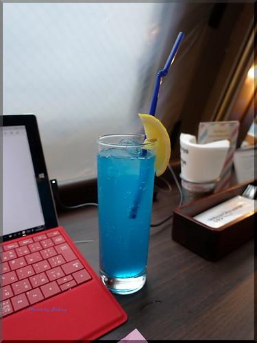 Photo:2016-04-05_ハンバーガーログブック_期間限定Surfaceバーガーを!【渋谷】シティラウンジ_03 By:logtaka