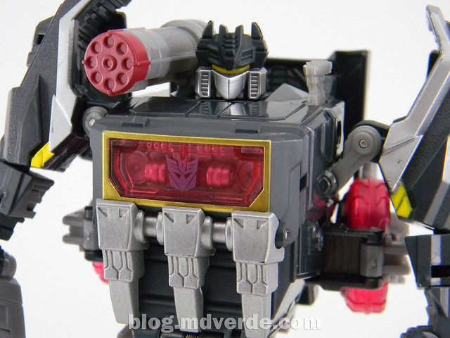 Transformers Soundblaster Voyager - Generations Fall of Cybertron - modo robot