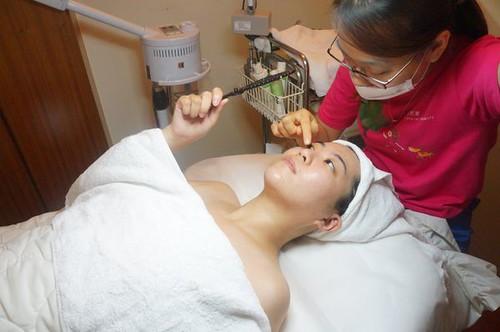 【轉貼】【 試保養 】Natural Beauty 自然美大墩店 細緻毛孔護理體驗 (21)