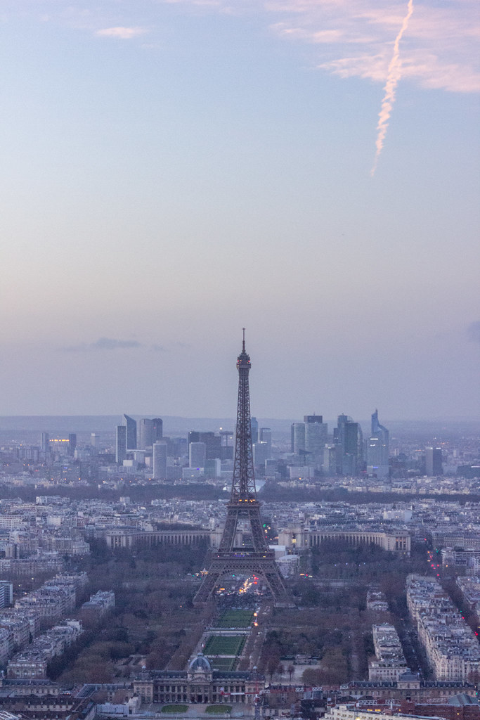 Sunset over the Eiffel Tower from Tour Montparnasse
