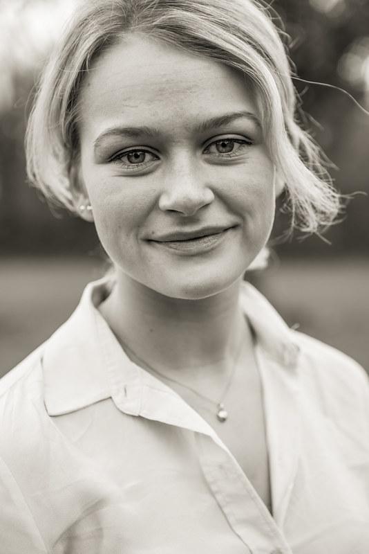 Cecilie Headshot