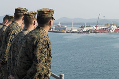 Marines from the 31st Marine Expeditionary Unit man the rails as USS Ashland (LSD 48) arrives in Sattahip, Thailand. (U.S. Navy/MCSN Kelsey L. Adams)