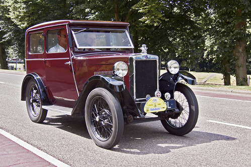 Morris Fabric Minor Saloon 1929 (1749)