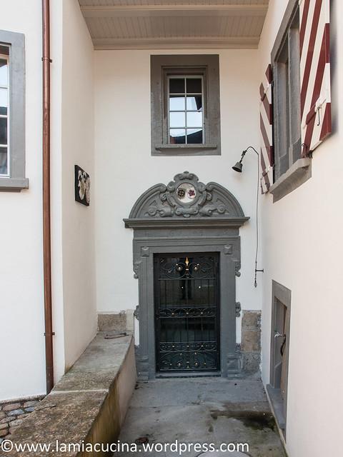 CH-5106 Veltheim- Schloss 2016 03 10_0441