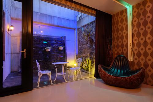 台南平價休息推薦‧房型多變又舒服的媜13汽車旅館_房型110 (8)