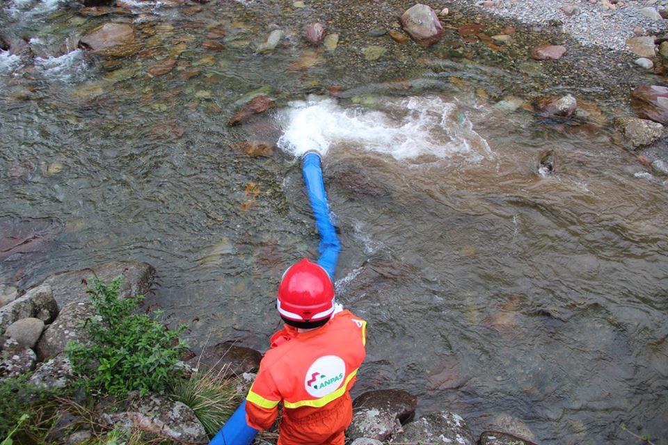 Progetto Flood: l'esercitazione con la pompa idrovora a Gromo