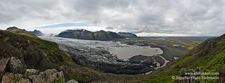 Lagoon by Skaftafellsjokull glacier