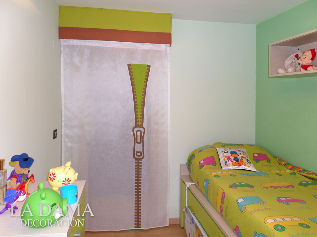 Fotograf as de cortinas juveniles la dama decoracion for Cortinas habitacion infantil