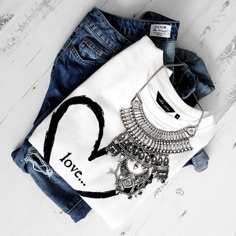 NEW LOOK LOVE JUMPER & SILVER STATEMENT NECKLACE