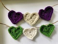 2015-07-04 crochet hearts for wedding