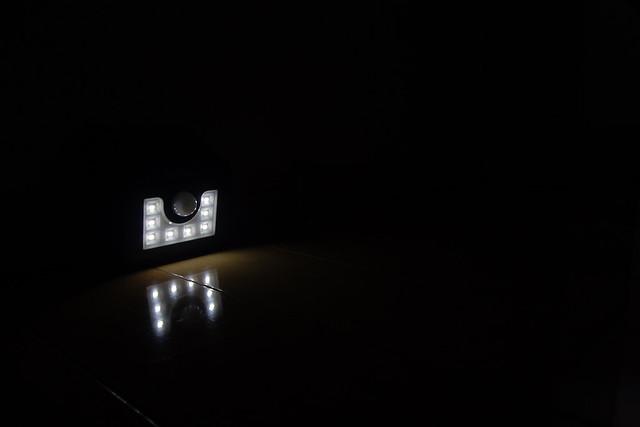 LitomソーラーLEDライト