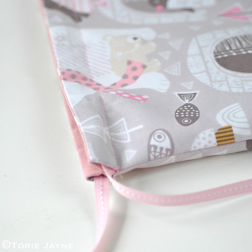 Toddler Girls Drawstring Backpack Sewing Tutorial