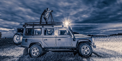 auto life light sky cloud history car night clouds zeiss truck landscape fun happy long exposure bright time wildlife tripod illumination dramatic happiness vehicle monochrom suv landrover mobility dank defender distagon splittone seldom defender110 distagont2815 canon5dsr 5dsr martinzurek