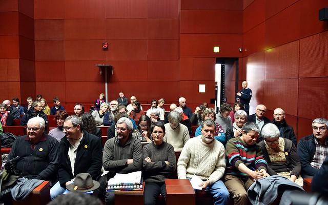 Les membres de 11 familles «expulsables» de la ZAD de Notre-Dame-des-Landes, au tribunal de Nantes le 13 janvier 2016 – PHOTO – AFP/ARCHIVES – LOIC VENANCE