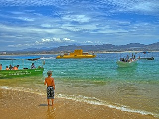 תמונה של Playa del Amor ליד Los Cabos. ocean blue sea vacation beach water yellow landscape mexico boats outdoors coast boat sand cabo nikon waves arch pacific outdoor sub scenic july bluesky submarine pacificocean landsend coolpix wife coastline baja bajacaliforniasur 2008 hdr cabosanlucas seaofcortez bcs waterscape gulfofcalifornia elarco kirt loversbeach gaylene easyhdr edblom p5100 kirtedblom