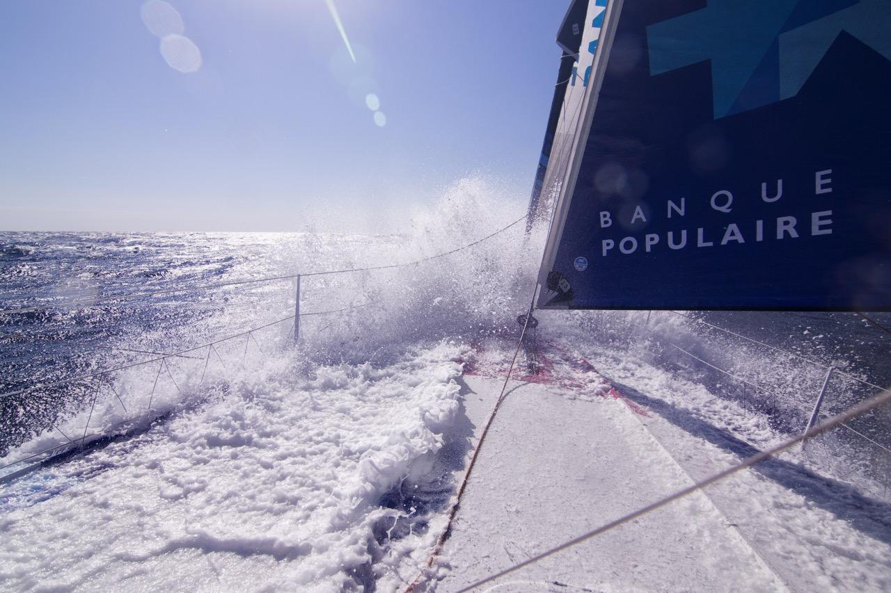 Images embarquées - Mono Banque Populaire VIII ©V. Curutchet/BPCE