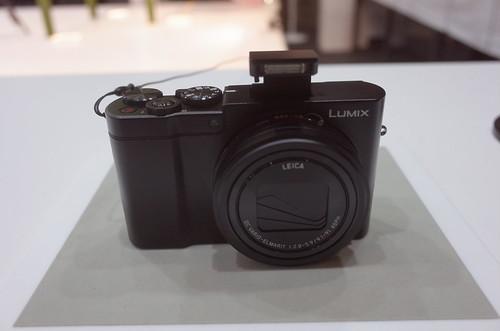 Panasonic LUMIX DMC-TX1 03