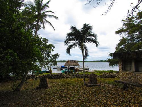Lamanai: après la rivière, il y a un le lac