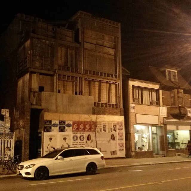 Still vacant, a decade later #toronto #bloorcourt #abandoned #bloorstreetwest #ossington
