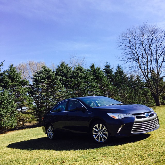 Toyota Hybrid 2016: Crusin' In The 2016 Toyota Camry Hybrid #DriveToyota