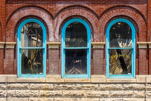 windows window town downtown westvirginia sutton braxtoncounty