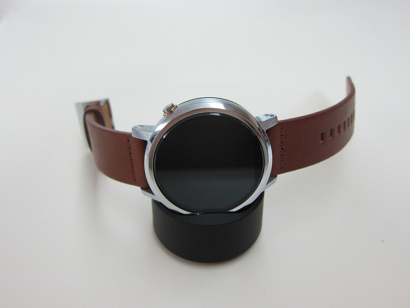 Moto 360 (2nd Gen) - On Dock