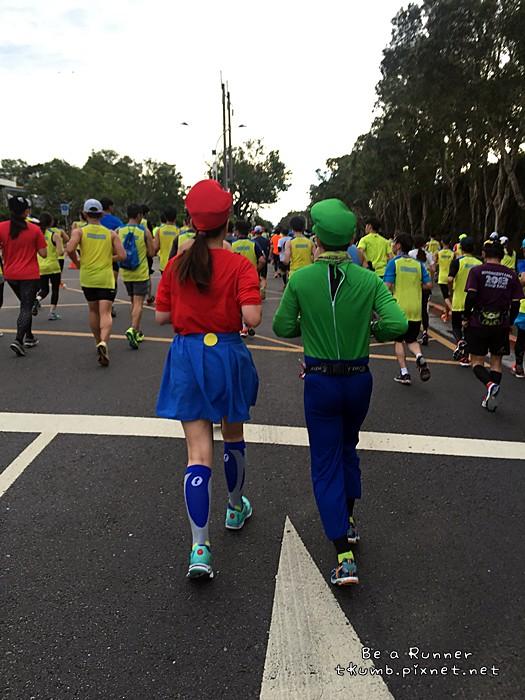 2015台北馬拉松2015-12-20 07.56.03.JPG
