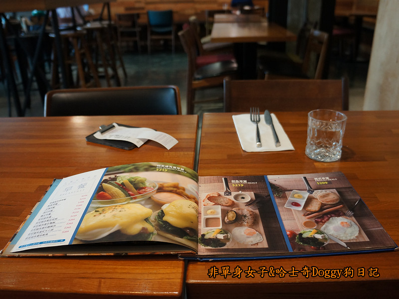 台中早午餐熊抱尼克咖啡5號店13