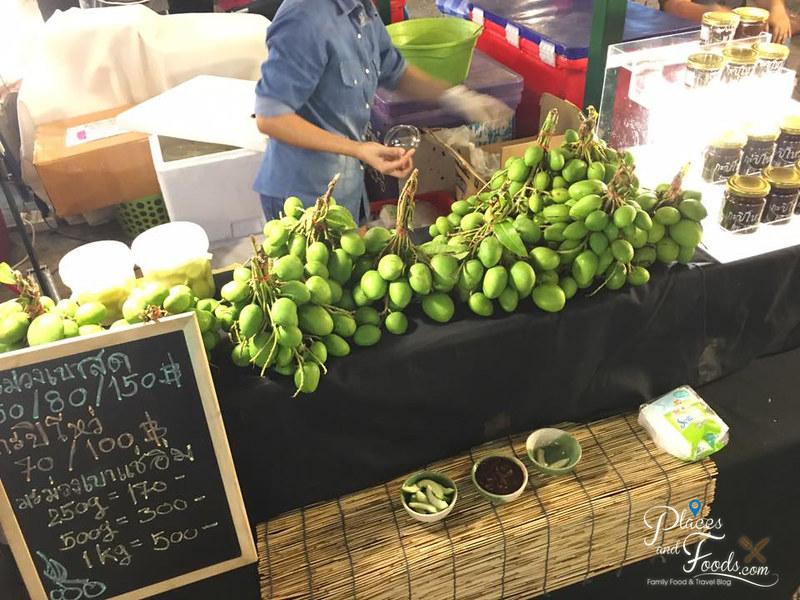 bangkok neon fest fruits