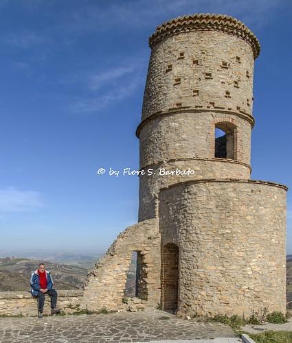 italy torre basilicata lucania tricarico saraceni saracena rabatana