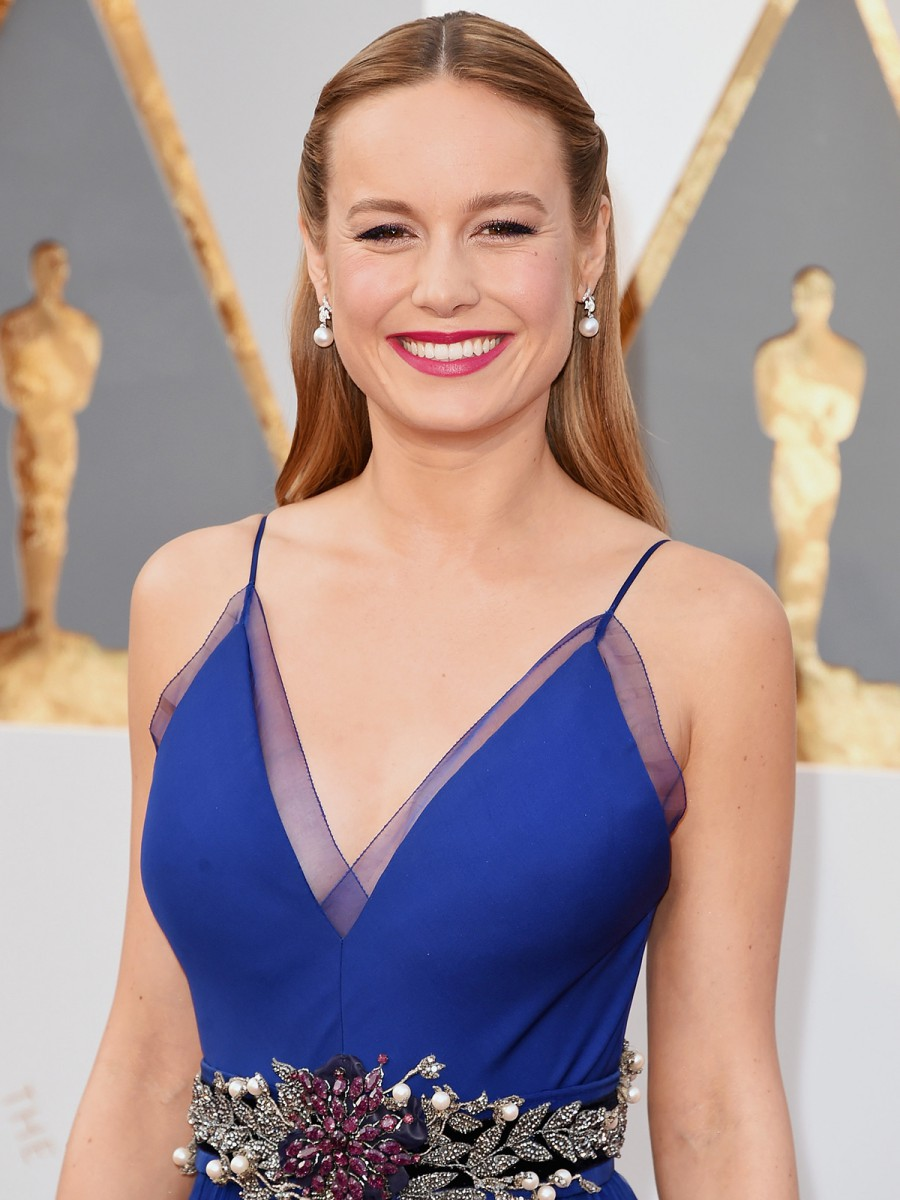 Oscars 2016 Brie Larson Hair and Makeup