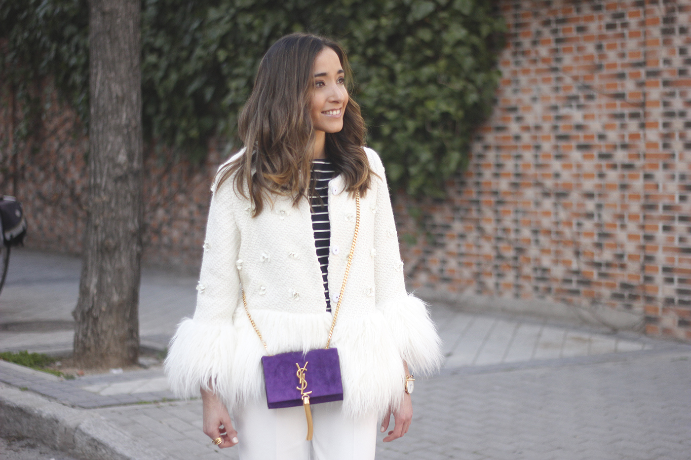 white fur coat ysl purple bag black heels white pants outfit fashion12