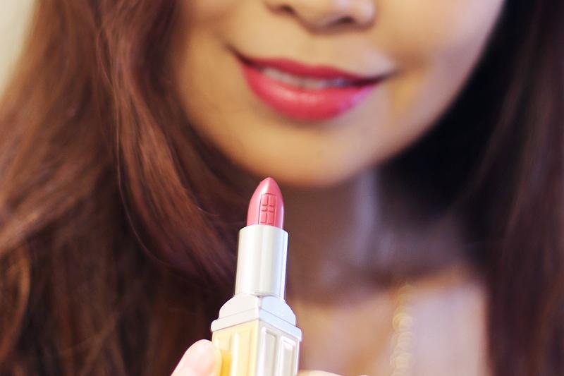 Elizabeth-Arden-moisturizing-lipstick-5