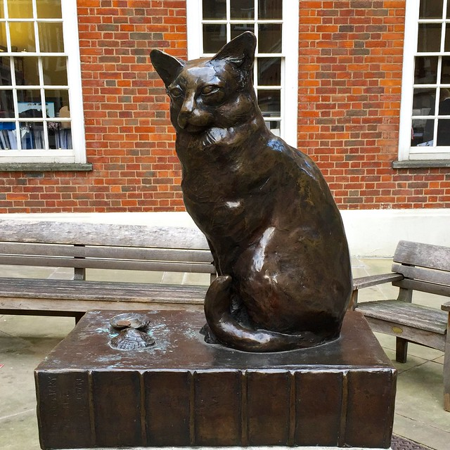 Dr Johnson's cat Hodge